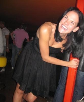 Gina lives in Curaçao.