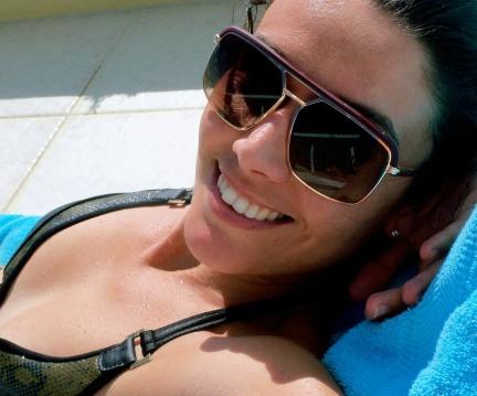 Kim lives in Curaçao.