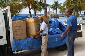 Curaçao Airport Partners (CAP) donated over 500 gifts!