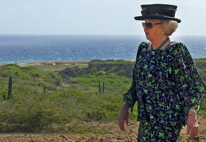 Dutch Royal Family visits Aruba