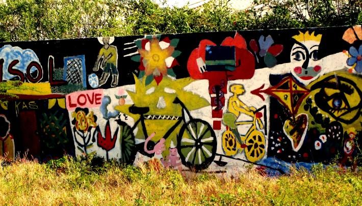 Mural at Capriles Clinic.