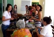 Lora Bolo / Wrapping Bolo Pretu for Ilena (Gidi's sister's) wedding.