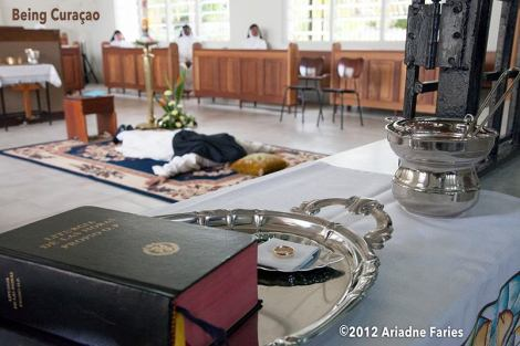 """Ariadne took this photo at a """"Profesión Solemne"""" while a nun made her eternal vows: promising to sacrifice her life and be faithful to the Monastery/Catholic church, the Mother superior and God. """"Her promise is based on poverty, chastity and obedience. On this day she married Jesus Christ and received a ring she will wear on her right hand. This ritual has never been documented on the island. I am very close to these extraordinary women and they have given me the honor to be the first one. I take a lot of pride in the photographs. Many people don't know that this centuries-old ritual still takes place today in the cloistered monasteries."""" - Ariadne Faries"""